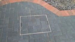 Rescessed manhole covers