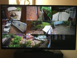 8 Camera Monitor View (Day time)