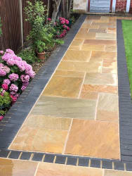 Camel Sandstone With Charcoal Edge