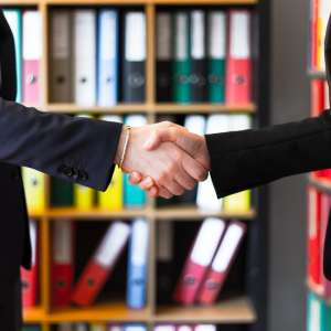 acuerdo-apretón-manos