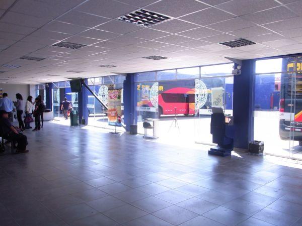 Cruz Del Sur Bus Terminal in Ica