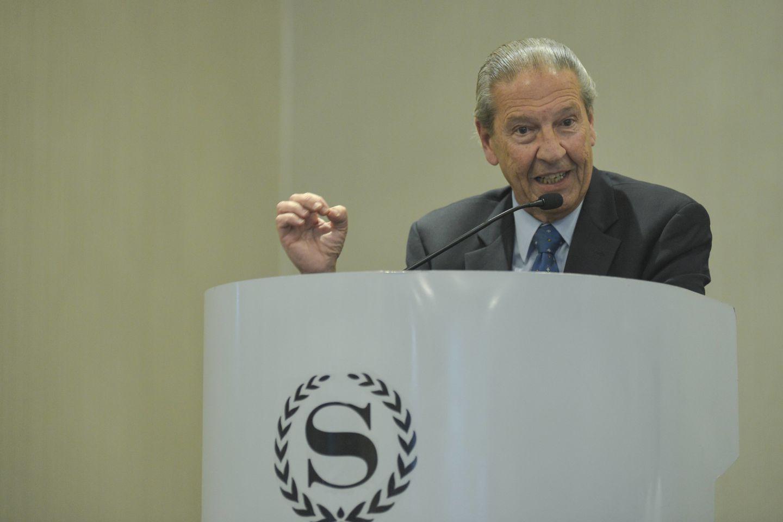 Homenaje al Dr. Enrique Besada