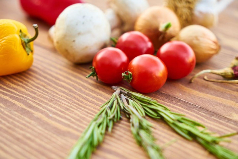 ¿Qué implica tener una alimentación saludable?
