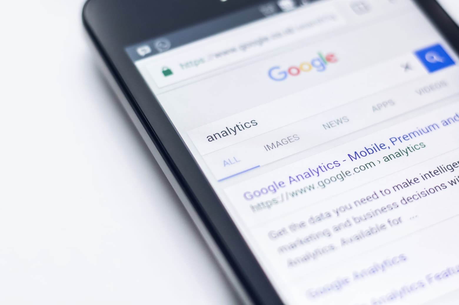 Mobile search for analytics