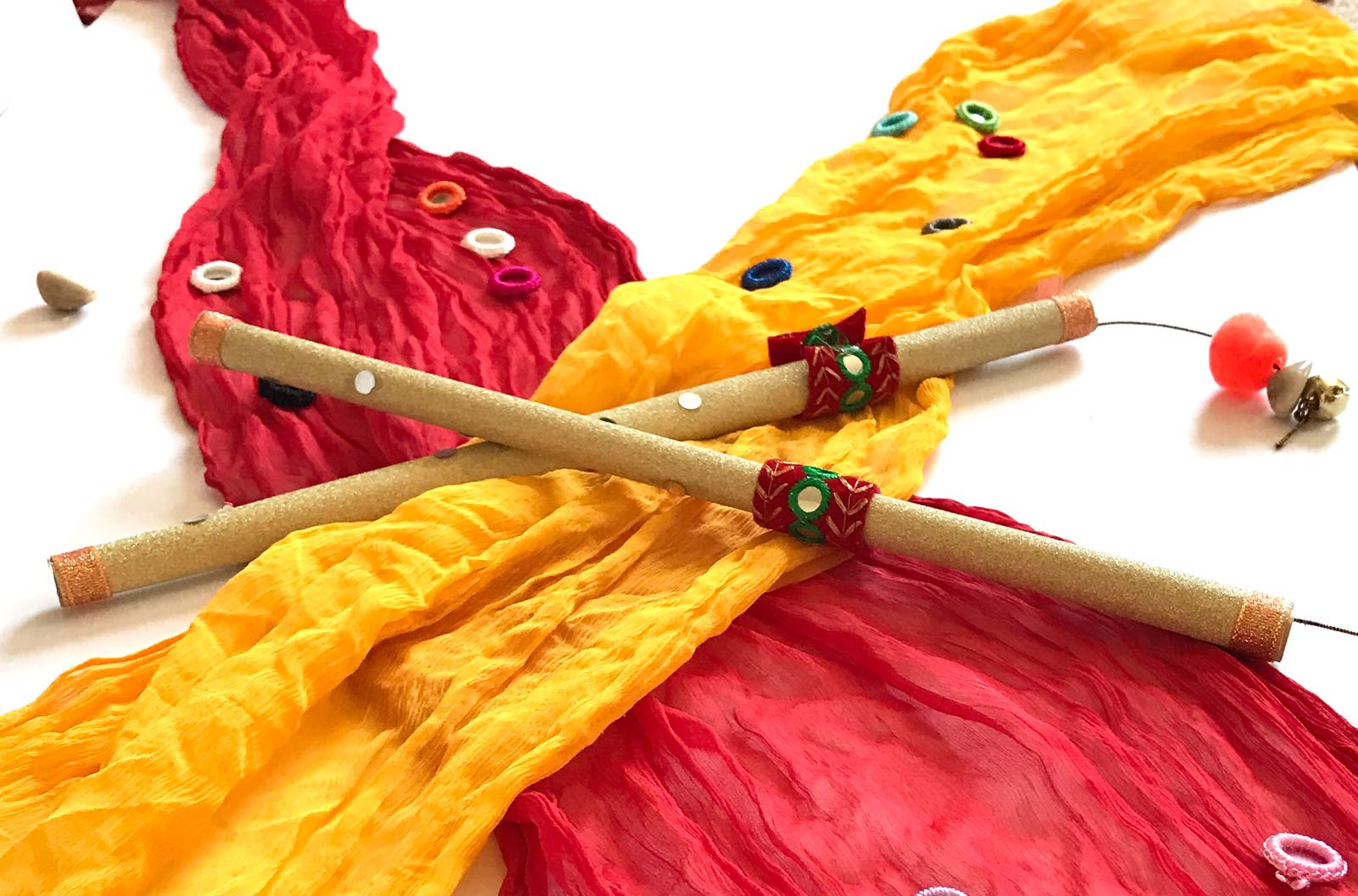 DIY Dandiya Sticks for Navratri