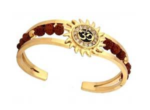 The Jewelbox Rudraksh Bracelet for Men