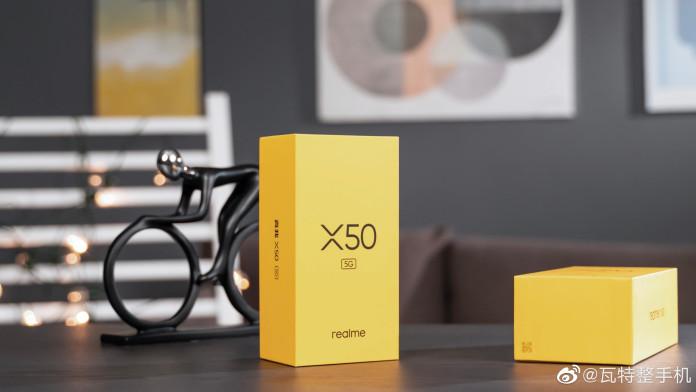 Realme X50 Box