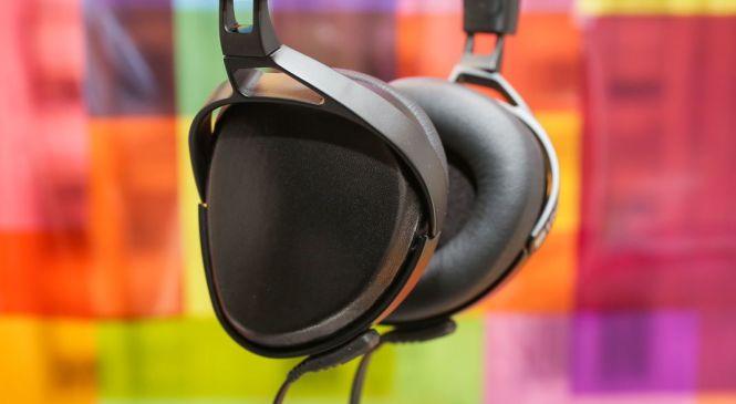 Top 6 Best Budget Headphones/Earphones You can Gift Yourself under ₹800