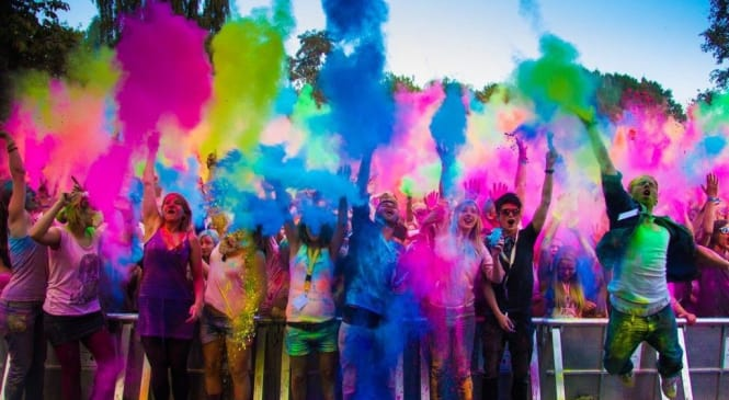 Explode the Box of Craziness by Joining Any of These Holi Events in Delhi