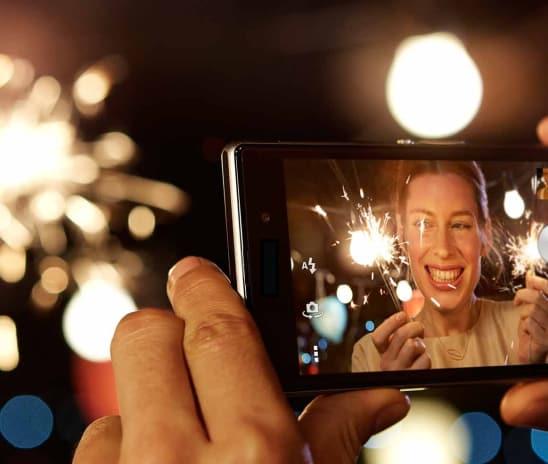 Top 5 Mobile Phones You Should Buy This Festive Season