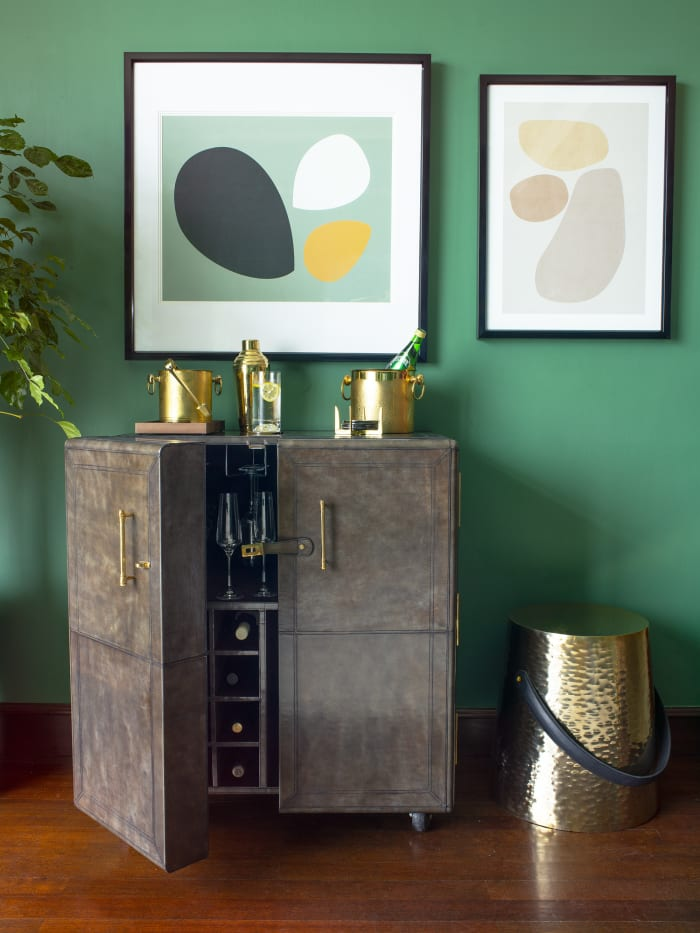 Bar cabinet and trolley buying guide