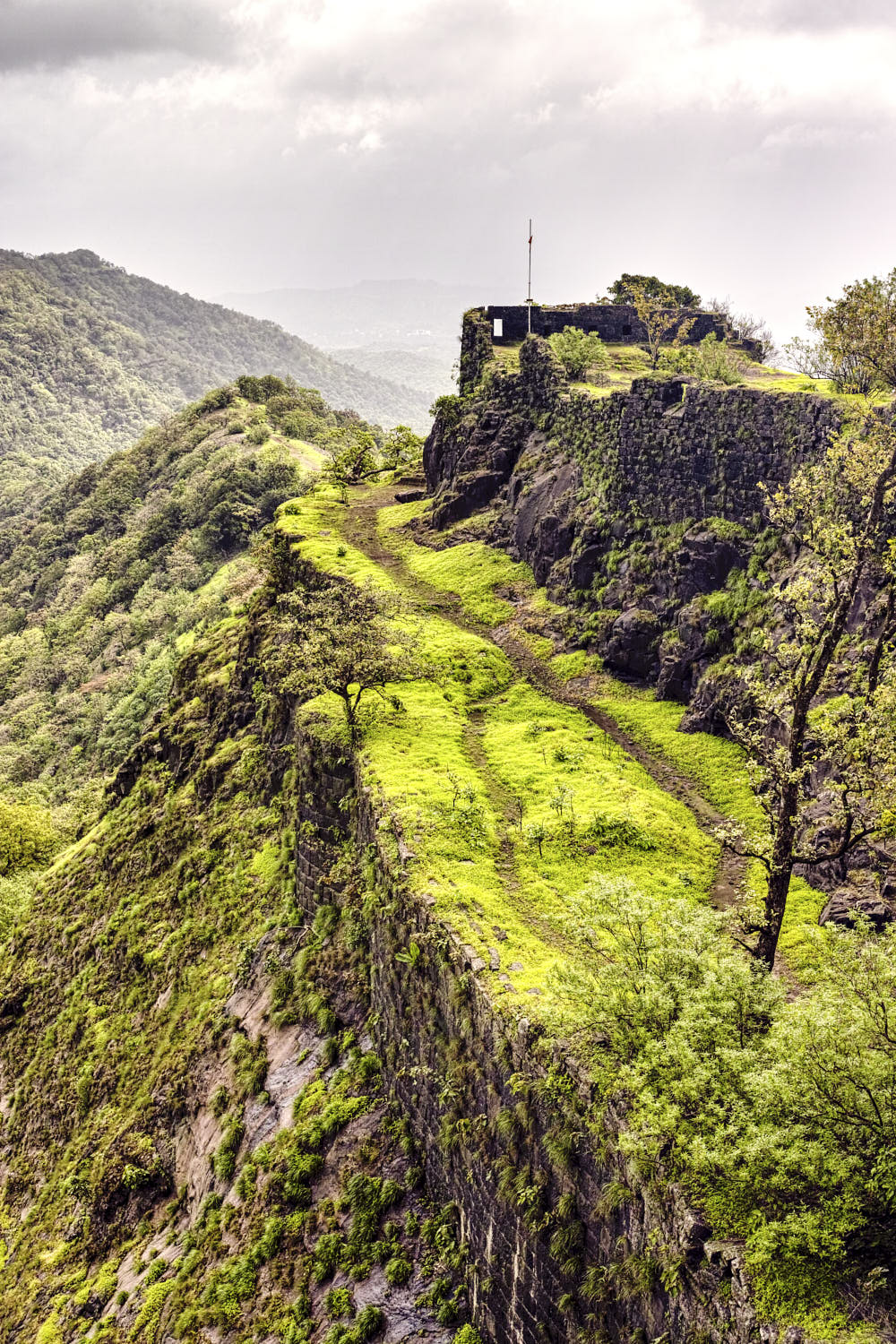 Monsoons is the best time to visit Karnala fort
