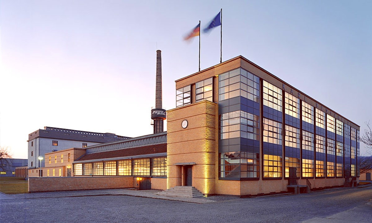 Walter Gropius and Adolf Meyer's Fagus Factory in Alfeld | Source: itinari.com