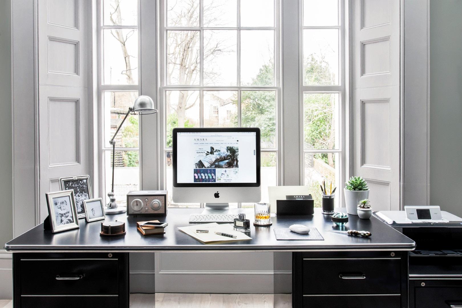 Home office with natural light | Source: amara.com