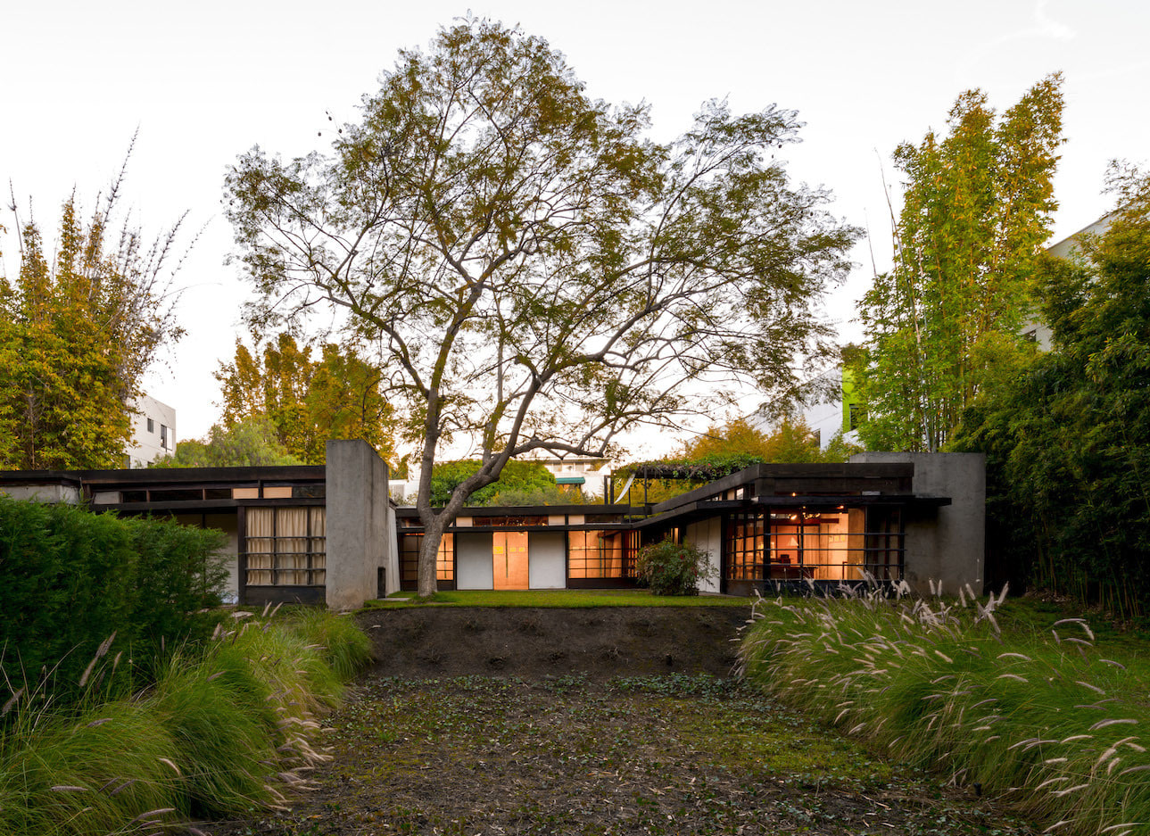 Schindler house   Source: archdaily.com