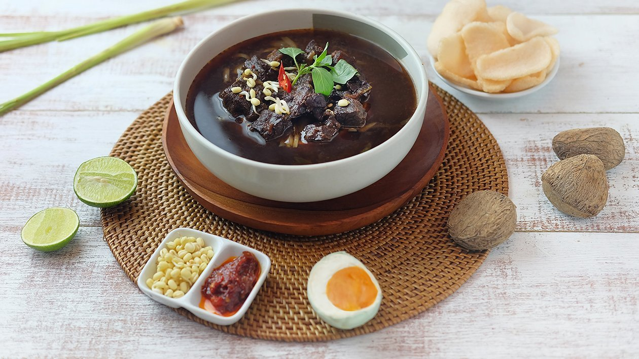 A bowl of rawon | Source: unileverfoodsolutions.co.id