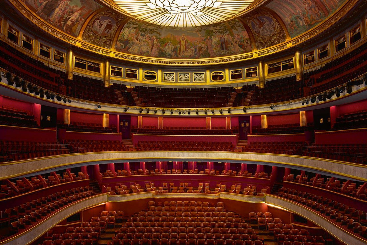 Théâtre des Champs-Élysées interior   Source: theatreinparis.com
