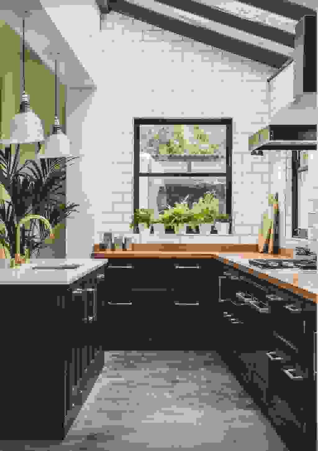 Minimalist kitchen | Source: feasthome.com