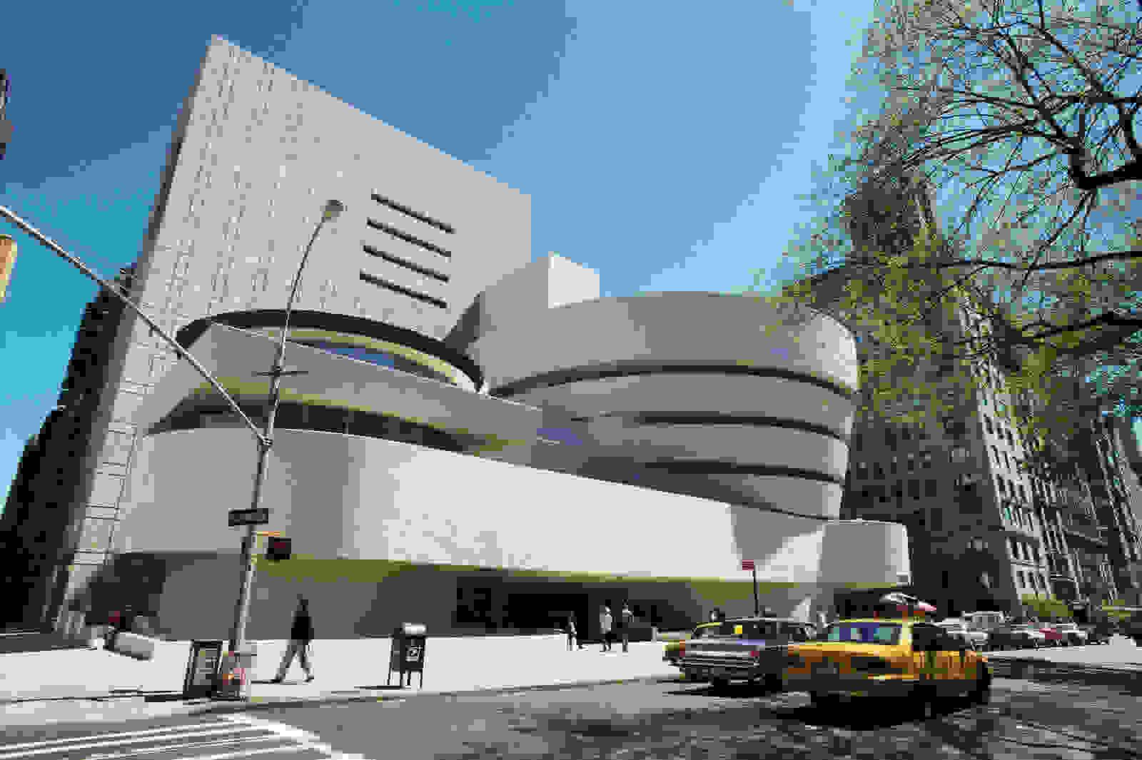 Wright's Solomon Guggenheim Museum (1946-59)   Source: britannica.com