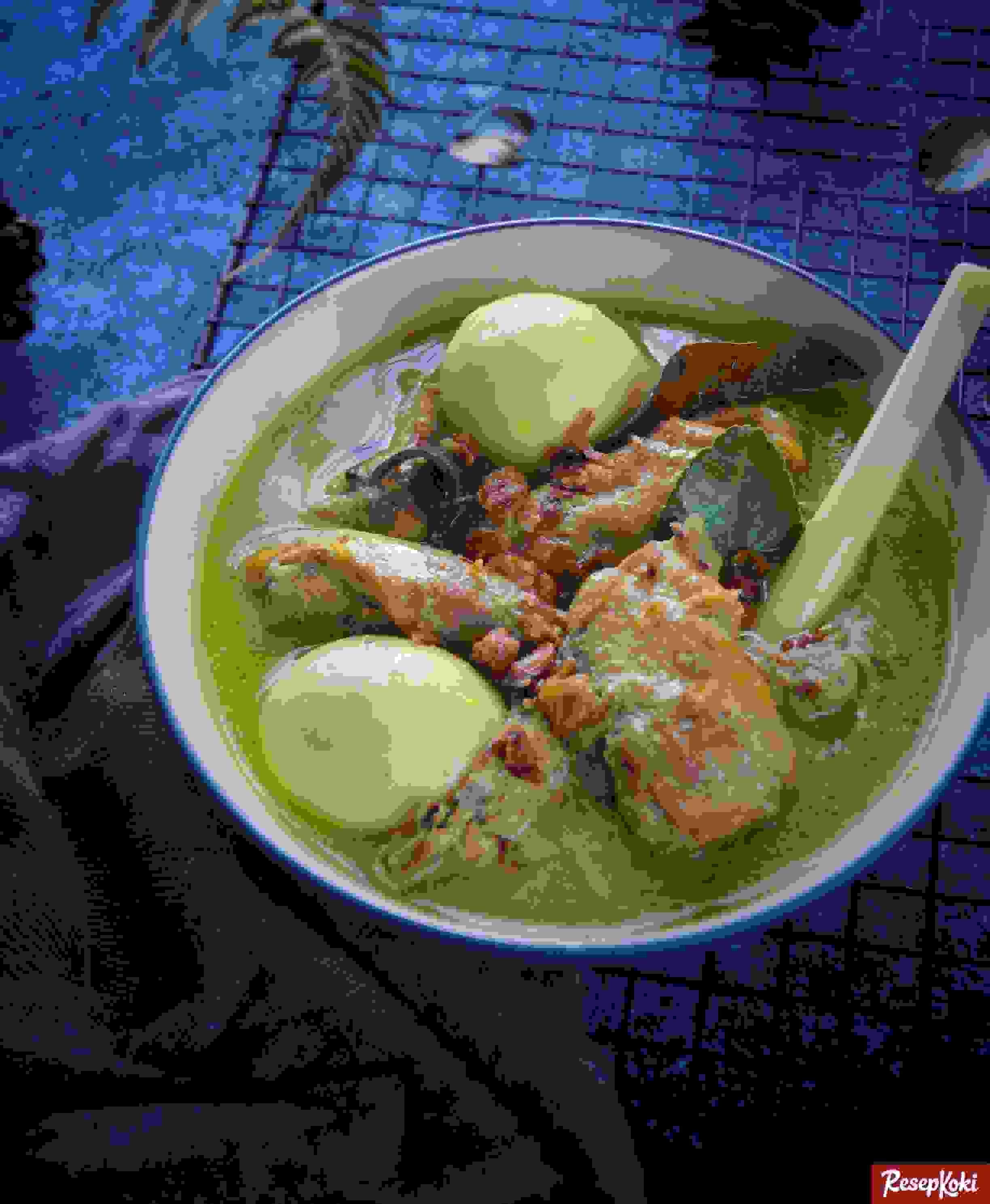 Opor ayam | Source: resepkoki.id
