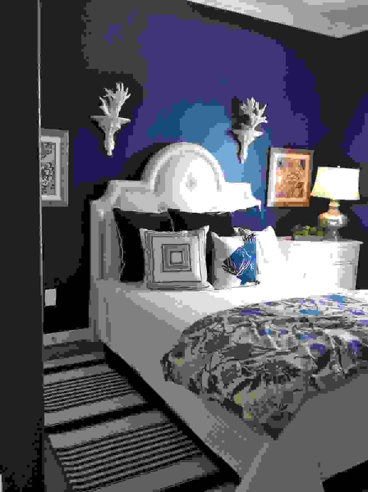 Small blue bedroom | Source: decoist.com