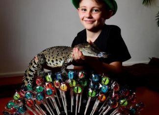 Budak 8 Warsih Sukses Jualan Permen Raup Rp 100 Juta