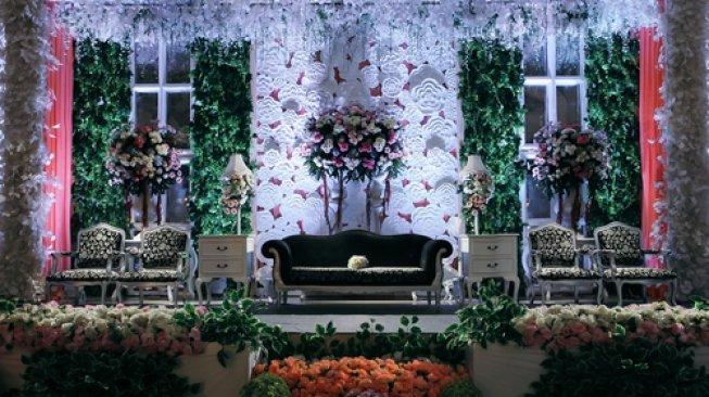 Mantan Kekasih Ngamuk Di Pesta Pernikahan
