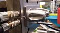 Hybrid-Spritzgusswerkzeug in der Maschine