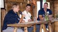 Interview mit zwei Topathleten im Galfri-Chalet