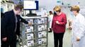 Angela Merkel besuchte Labormessgerätehersteller KNAUER