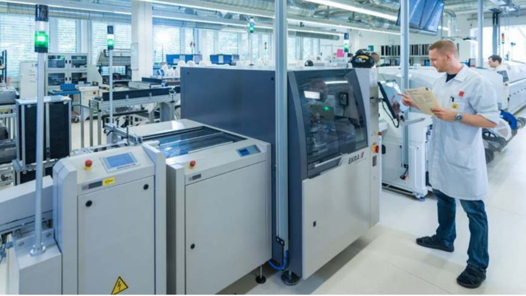 Series production: Printed circuit board assembly - Medtech plus