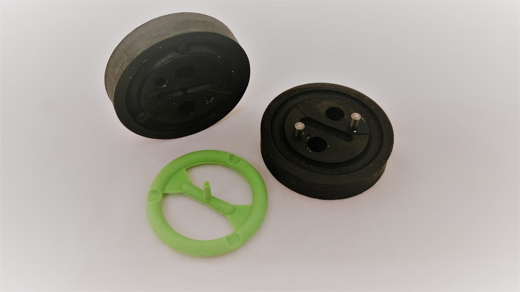 FDM-printed PEEK molds with silicone sealing ring ©Fabru GmbH