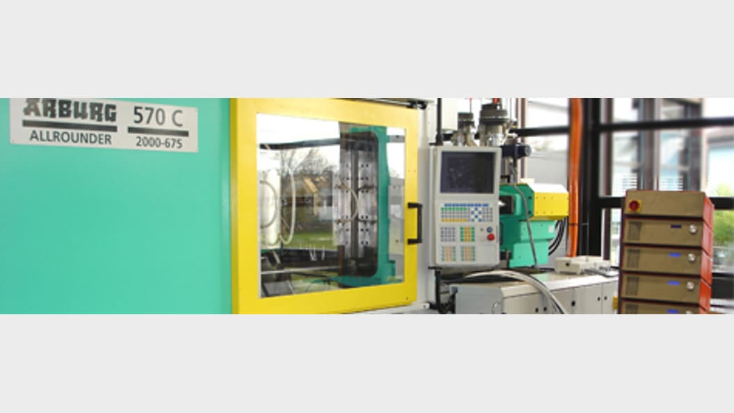 In the field of injection moulding/PUR, the institute deals with the entire value chain