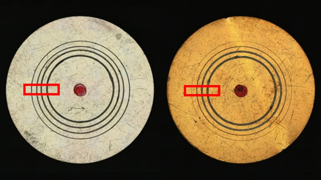 Scratched discs. The loads increase from the outside to the inside.