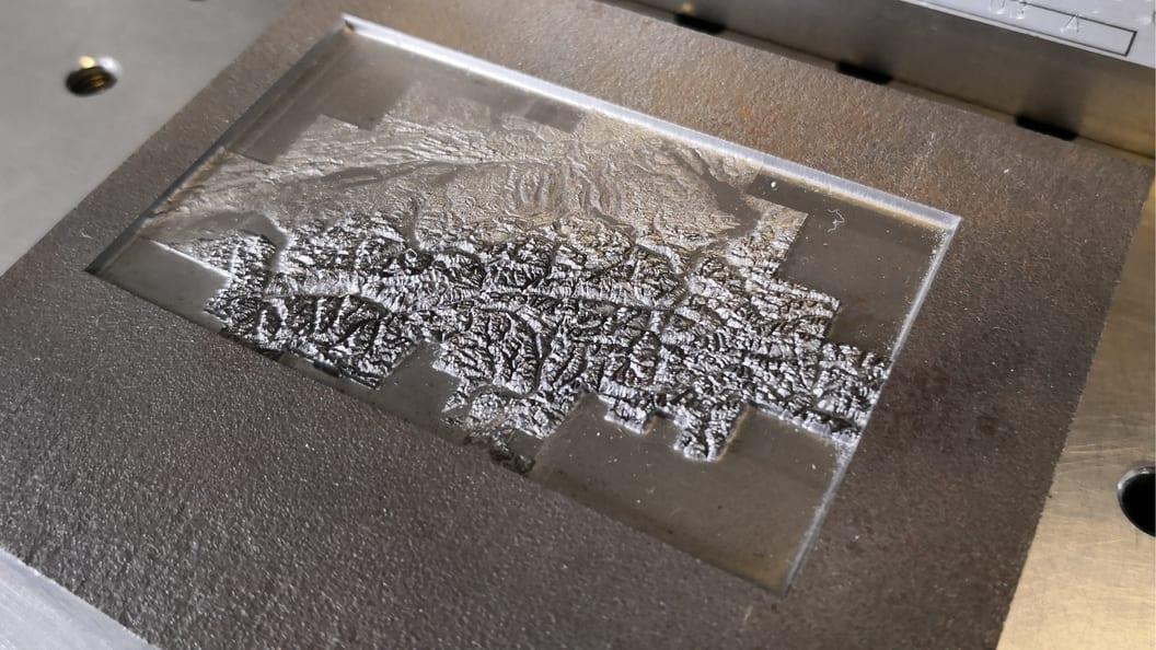 Bild 6: Das Lasern ermöglicht Geometrien und Auflösungen die mit anderen Verfahren undenkbar sind