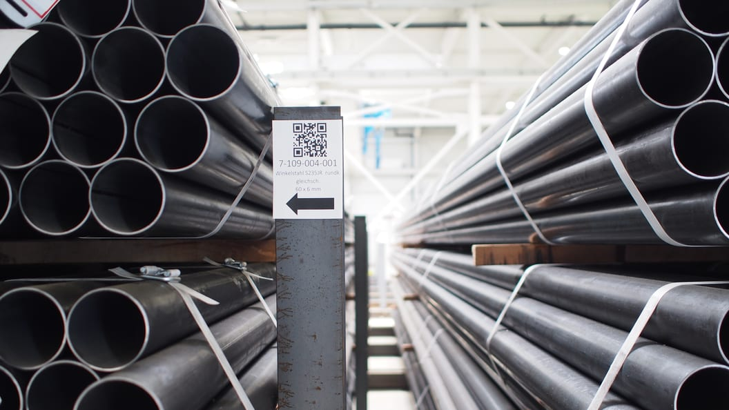 Kicherer tracks its steel profiles through the store by means of QR codes.