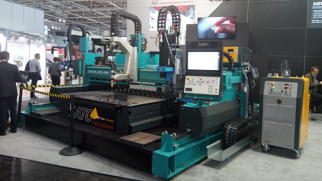 DHD-S with plasma bevel-head, oxy fuel cutting head and powerful drilling unit