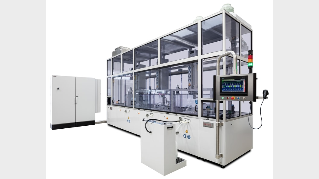 Automatic etching system with 3 etching modules for highest productivity