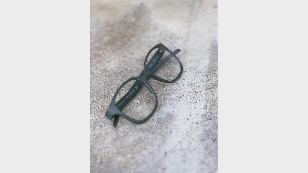 Brille in MOSS eingefärbt