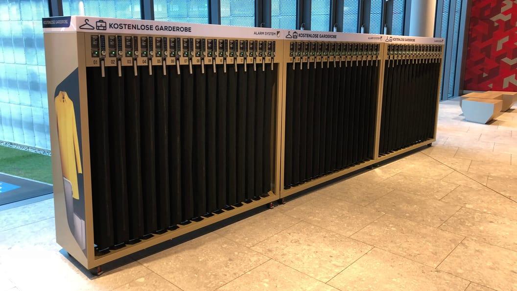 Garderobensystem im Shopping Mall Ebikon