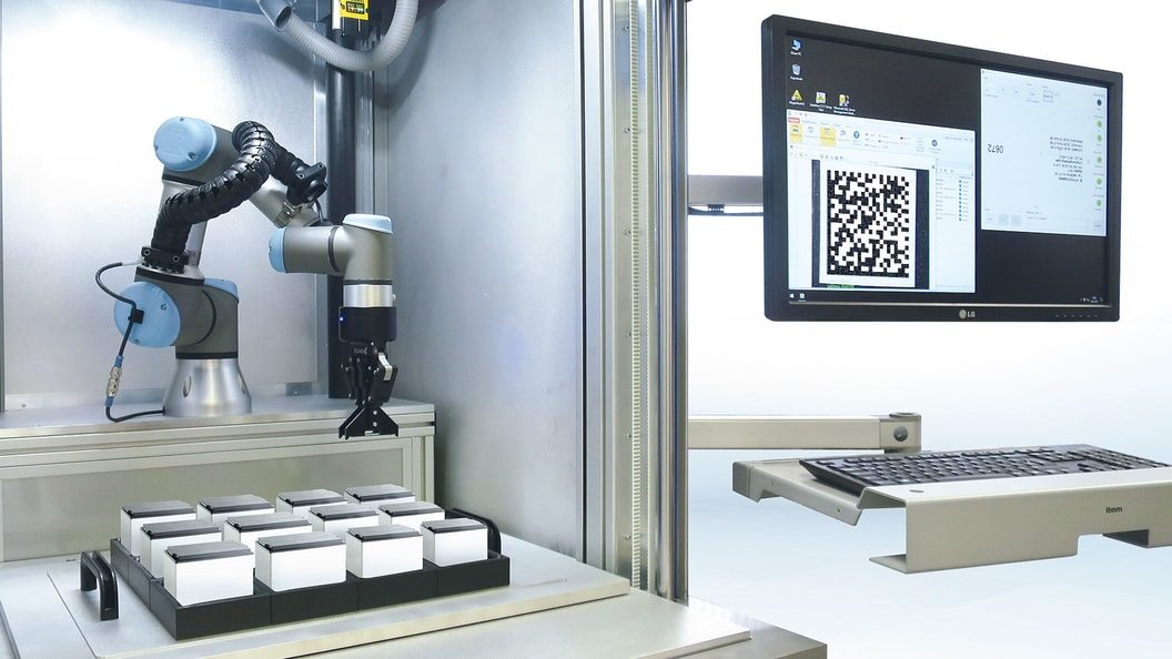 Laserstation mit integrierten Roboter
