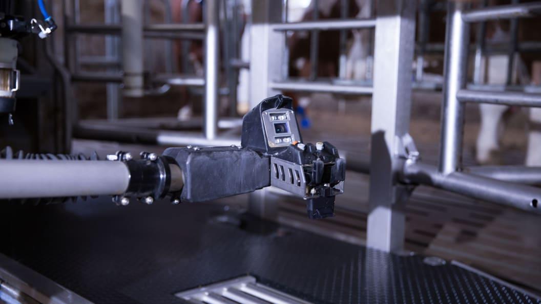 Die Livebildkamera sorgt für Präzision auch bei enger Zitzenstellung