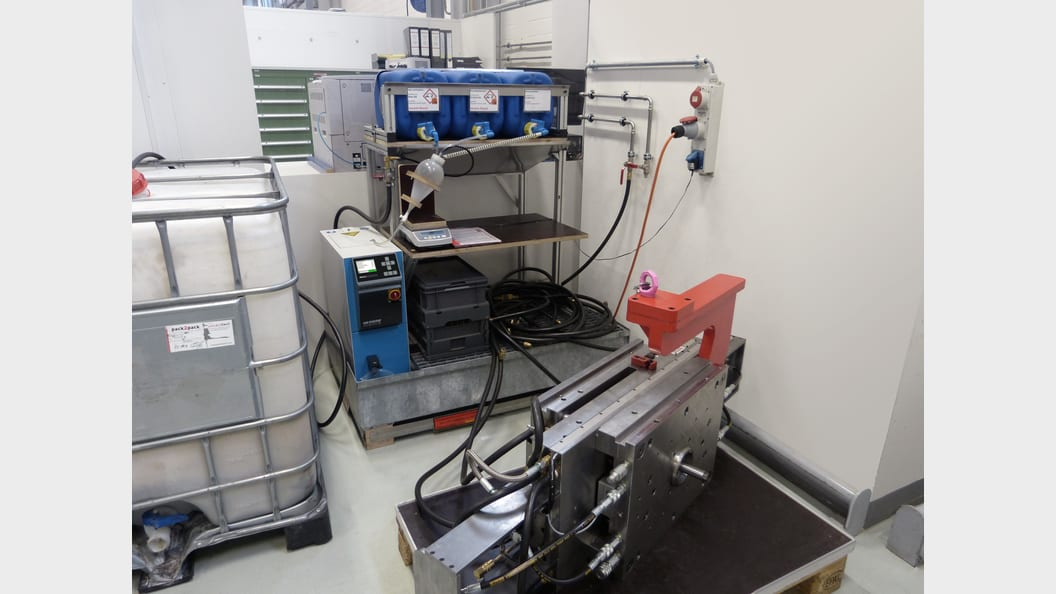 Reinigungsgerät HB-Therm Clean-5 mit Dosierstation (Bild: Fischer)