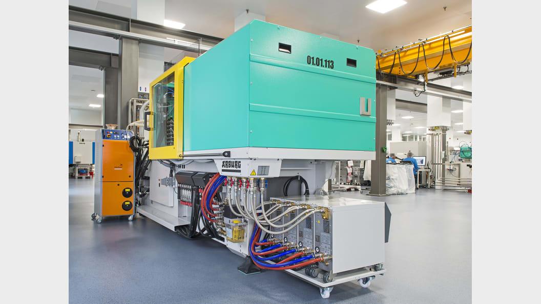 Pro Anlage sind jeweils zwischen ein und vier Temperiergeräte im Einsatz