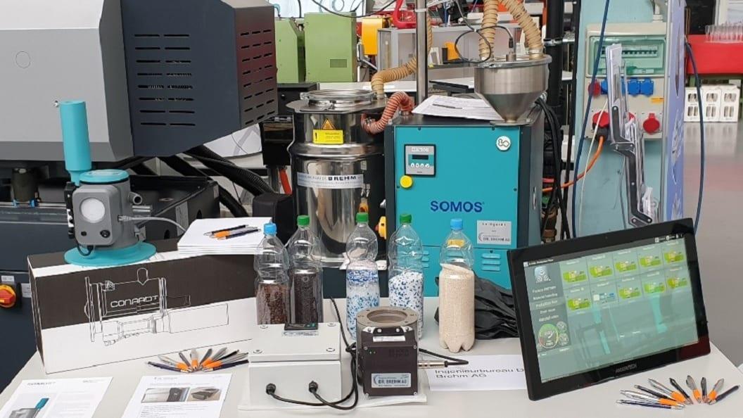 SOMOS® Stationärer Granulattrockner an der Swiss Plastics Expo kennenlernen