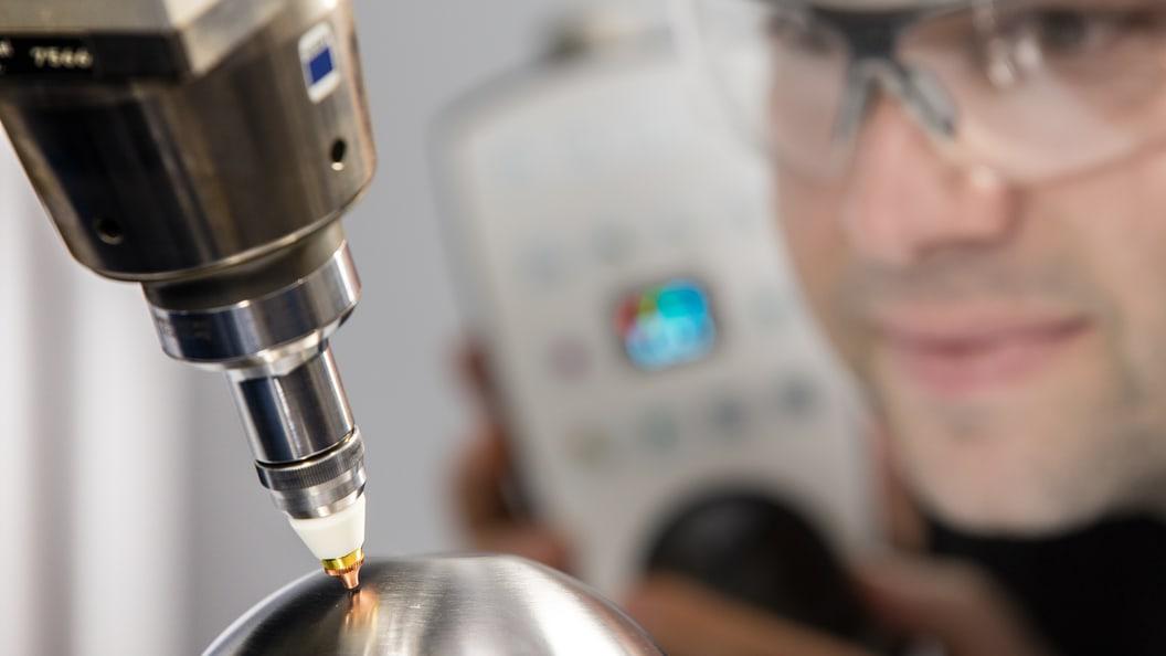 Einrichten der 3D Laserschneidanlage
