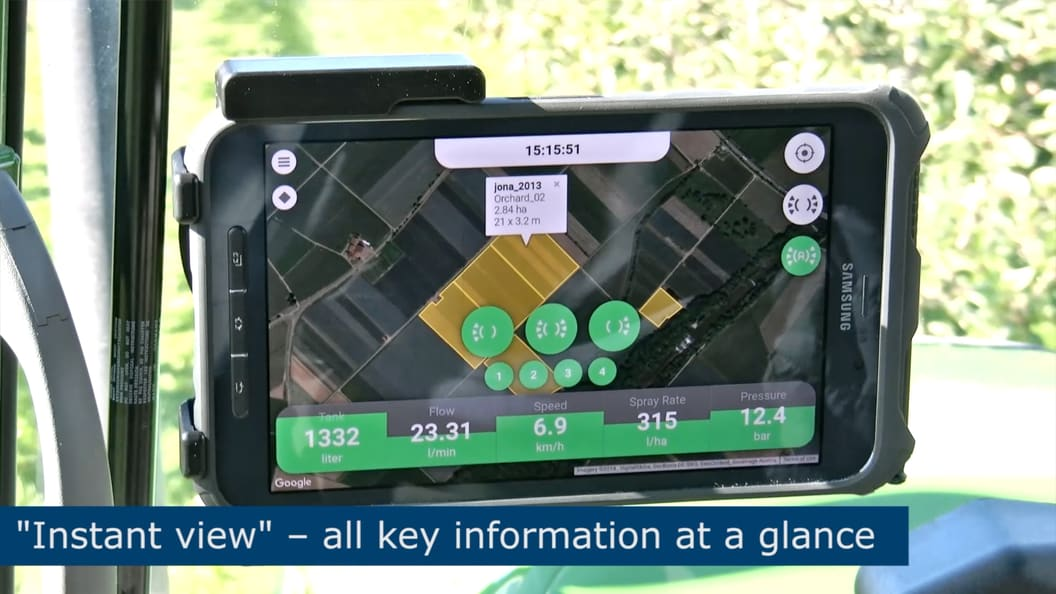 Use of mobile terminals for the operation and monitoring of plant protection equipment