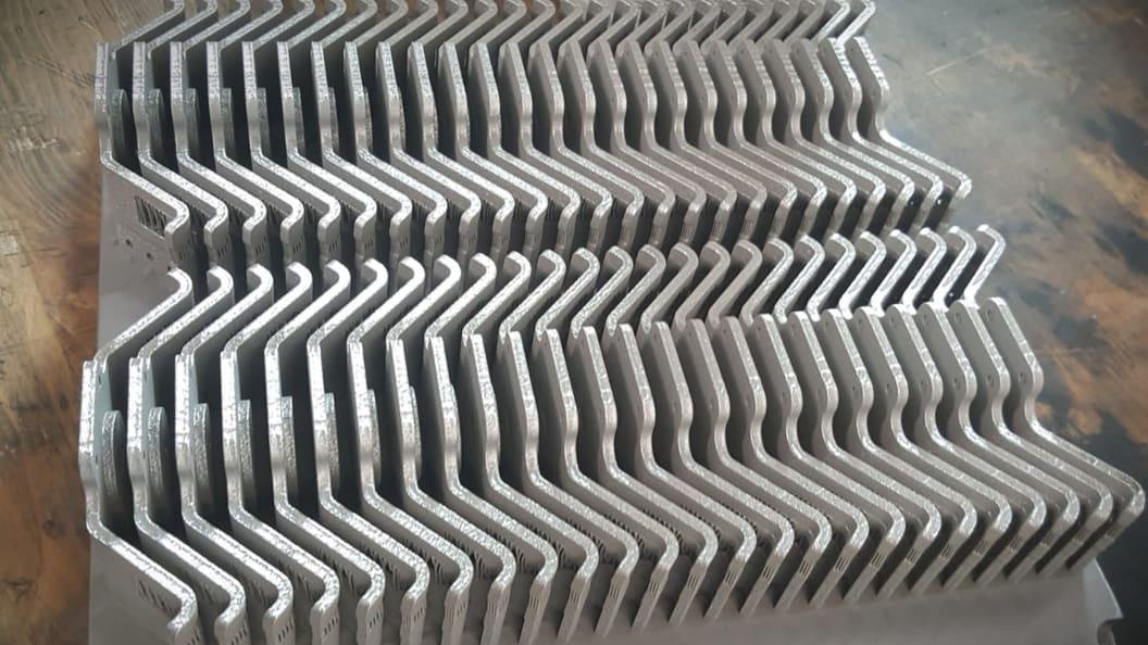 Werkzeuglose Fertigung von Blechteilen