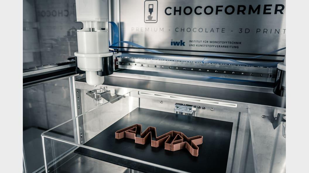 3D-gedrucktes AMX-Logo aus Schokolade