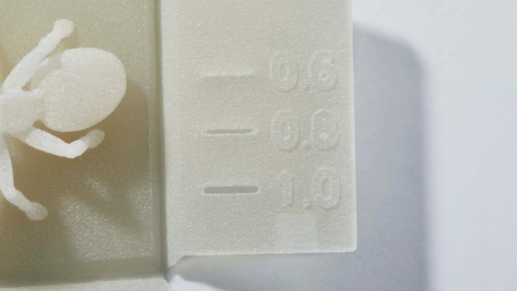 "Details der PP-""Formiga"". Schlitze ab 0,8 mm darstellbar."